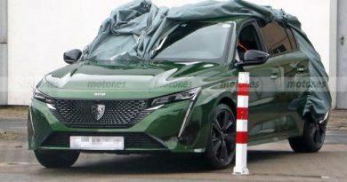 2021 Peugeot 308 yeni logoyla göründü; işte kamuflajsız ilk detaylar